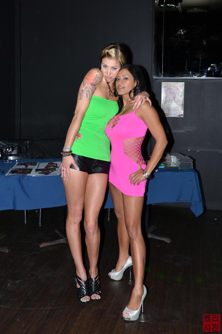 Maxine X naked 526