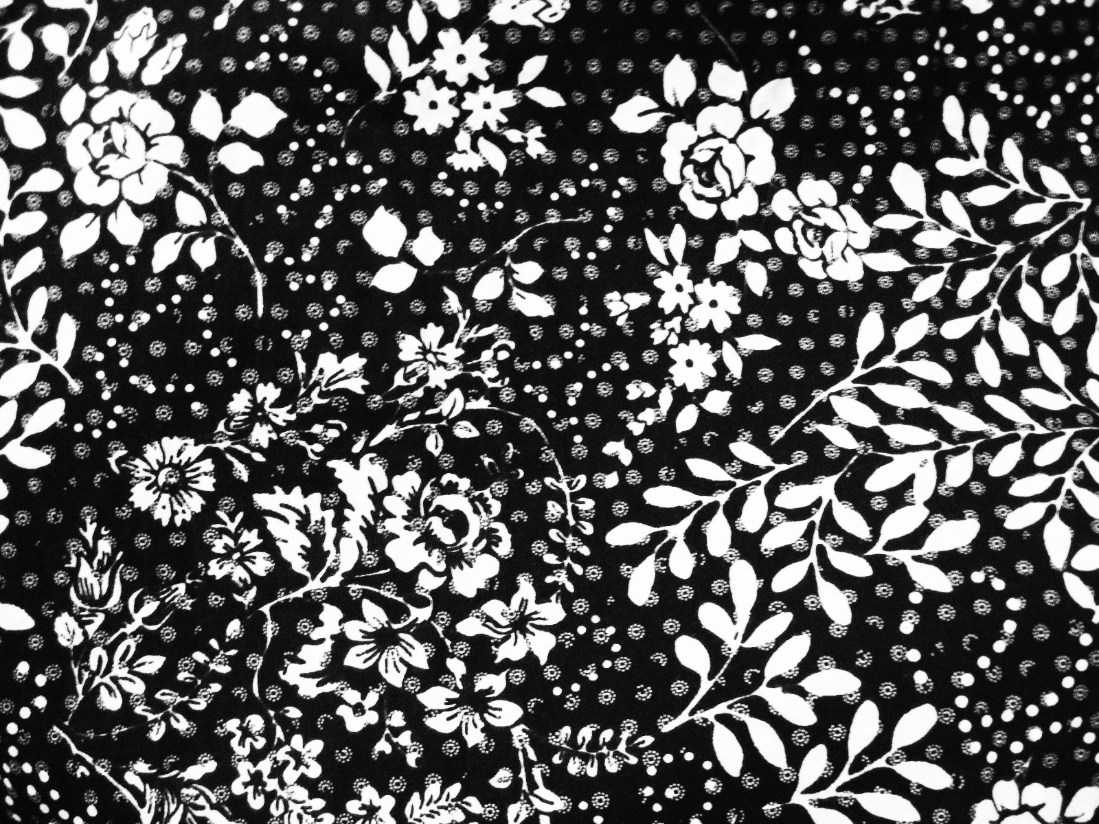 Floral pattern black and white browse patterns black and white floral design aprons from zazzle mightylinksfo