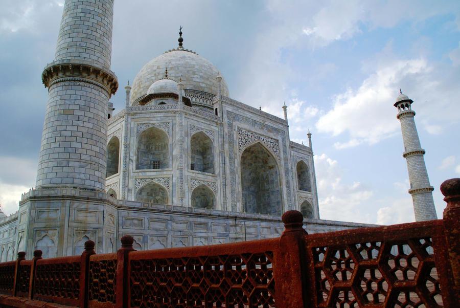 Taj Mahal II by Art-by-Jilani