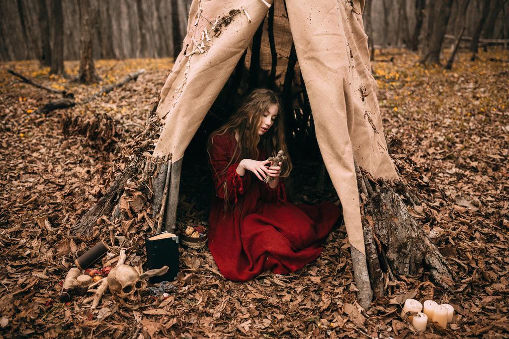 ведьма молодая фото