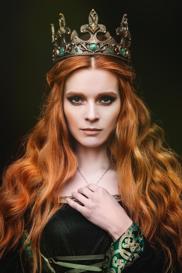 Ginger queen by Black-Bl00d on DeviantArt