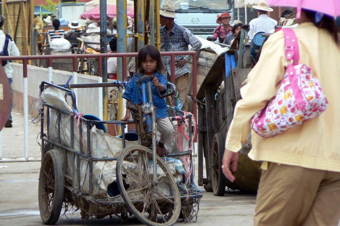 Cambodian girl by MiyusWorld