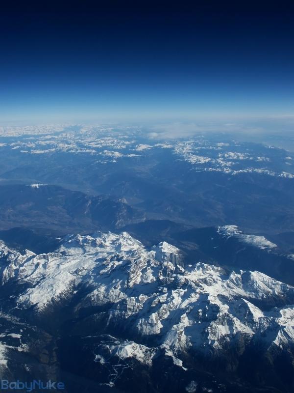 Alps in Portrait by babynuke