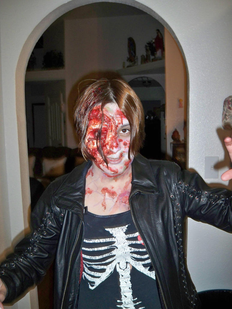 Janice The Zombie by janiceghosthunter