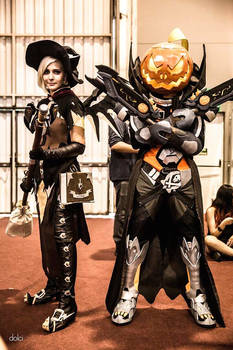 Witch Mercy and pumpkin Reaper