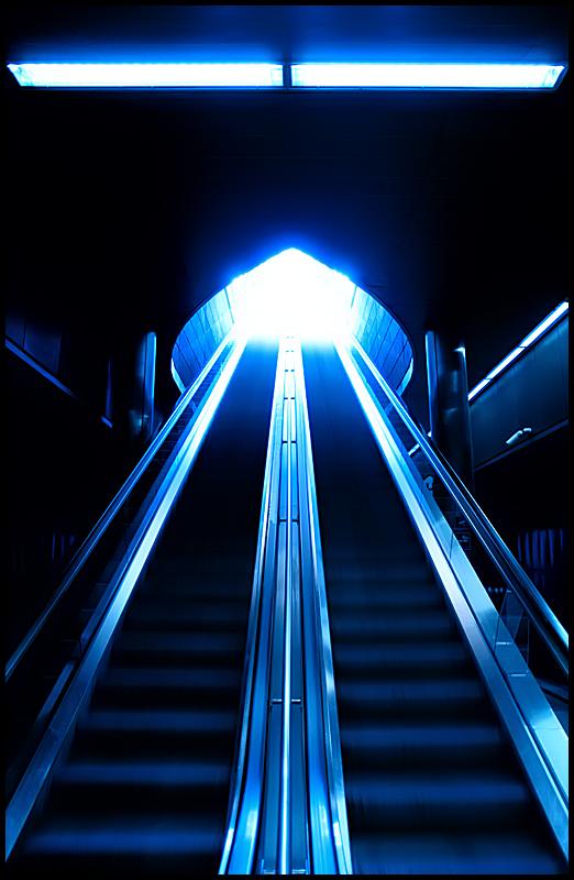 Into the Light by zuckerblau