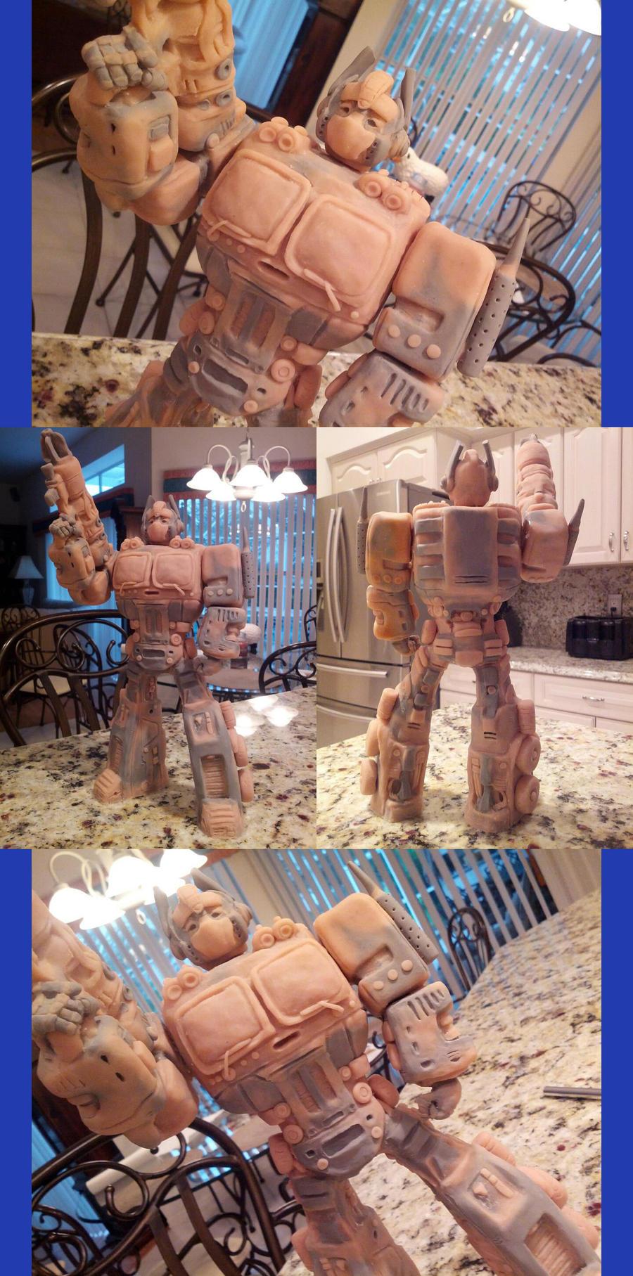 Optimus Prime Sculpture by Quartknee