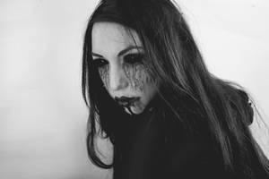 Dark Vampire by TheComtesse