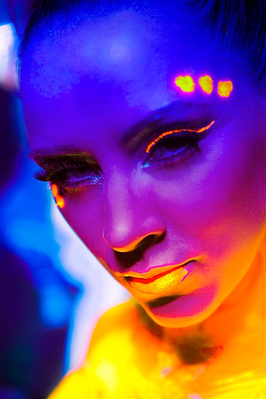 UV Portraits with Girls Roc 1 by VictoriaGugenheim