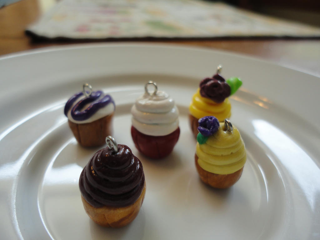 Mini Cupcake Polymer Charms by DramaticDiva