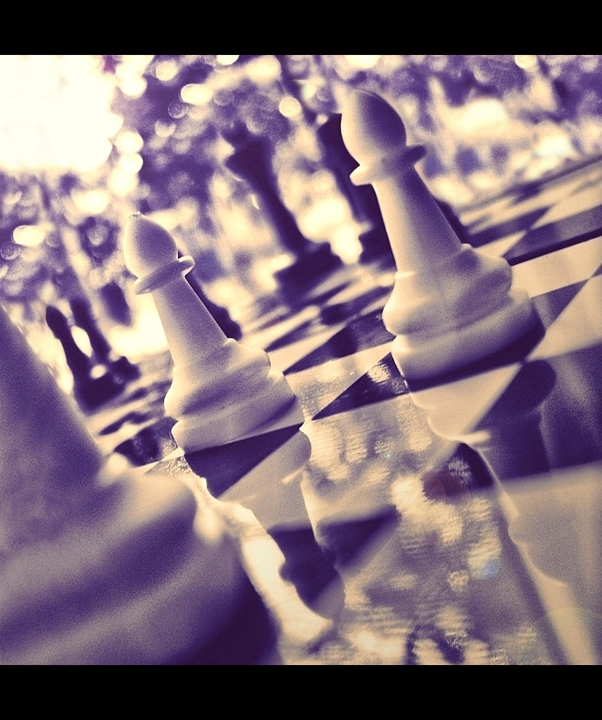 purple chess by birazhayalci