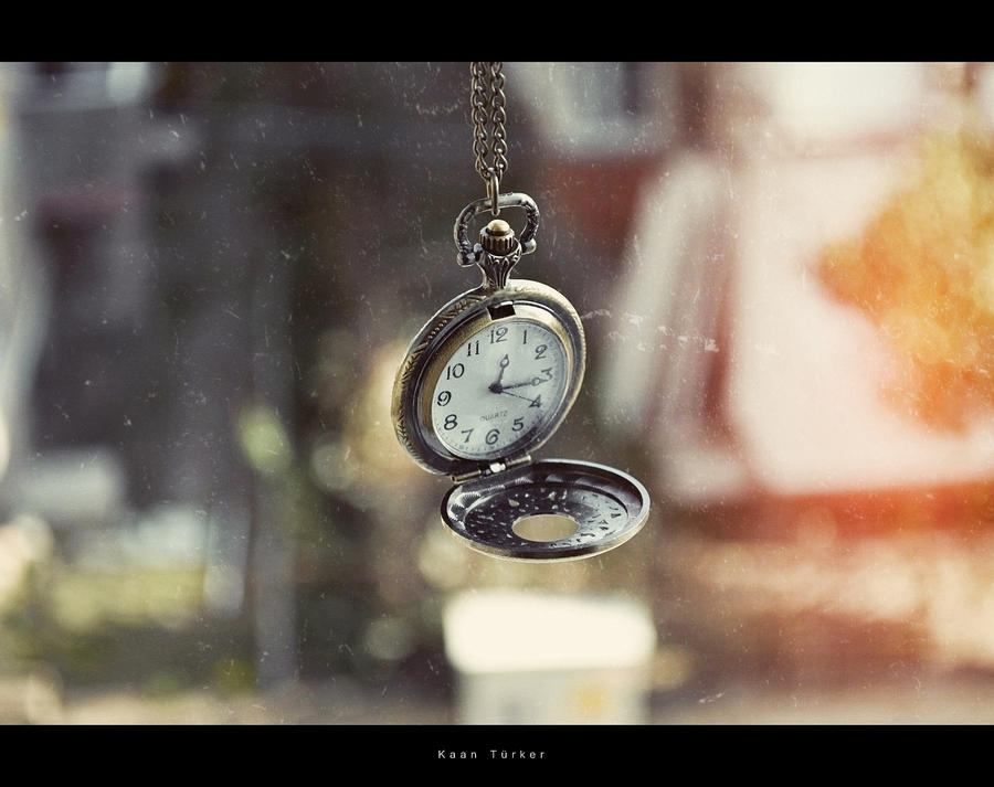 clock by birazhayalci