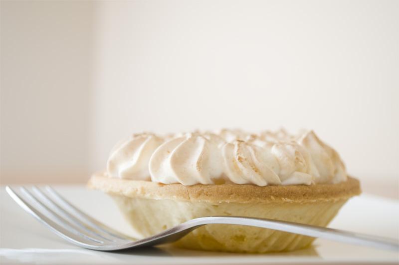 29.365 - Lemon Meringue Pie by Mahou-Koneko