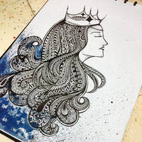 Queen of Zentangle II by erindwiazmi