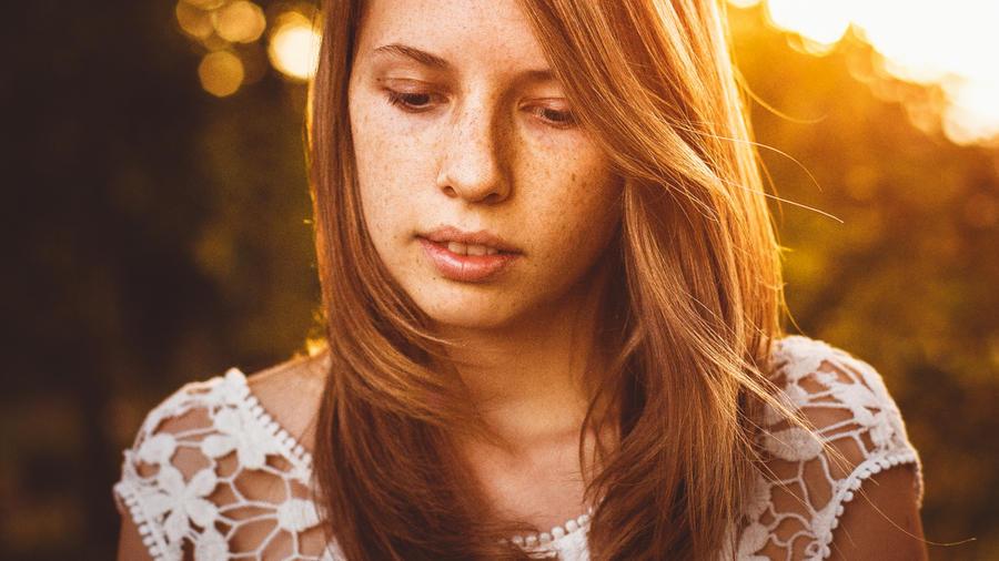 how to be okay by Rona-Keller