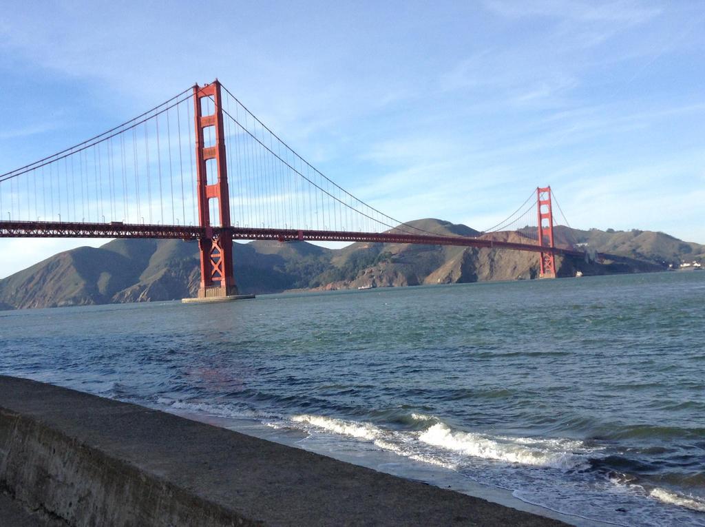 golden gate bridge by vitaminanime
