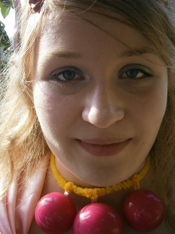 DutchGirlMaaike's Profile Picture