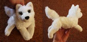 White wolf - small floppy by CyanFox3