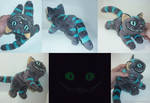 Cheshire cat GLOW - small floppy 2 by CyanFox3