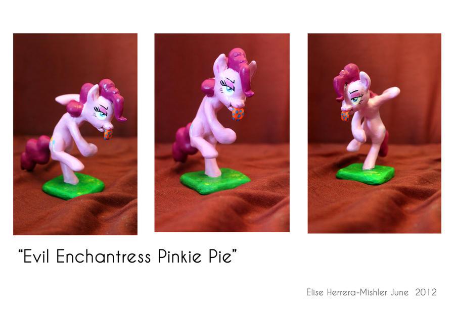 Evil Enchantress Dance by MiiruFae