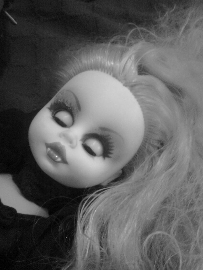 My vamp doll by babyhorrorinfernia