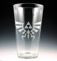 Legend of Zelda - Hylian Crest Pint Glass by Yukizeal