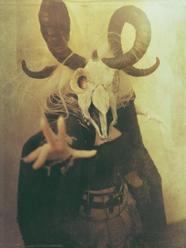 Isblomma of Winter(V2) 06 by Reverend-Spooky