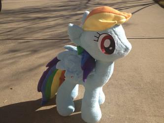 Rainbow Dash Plushie by kwills84