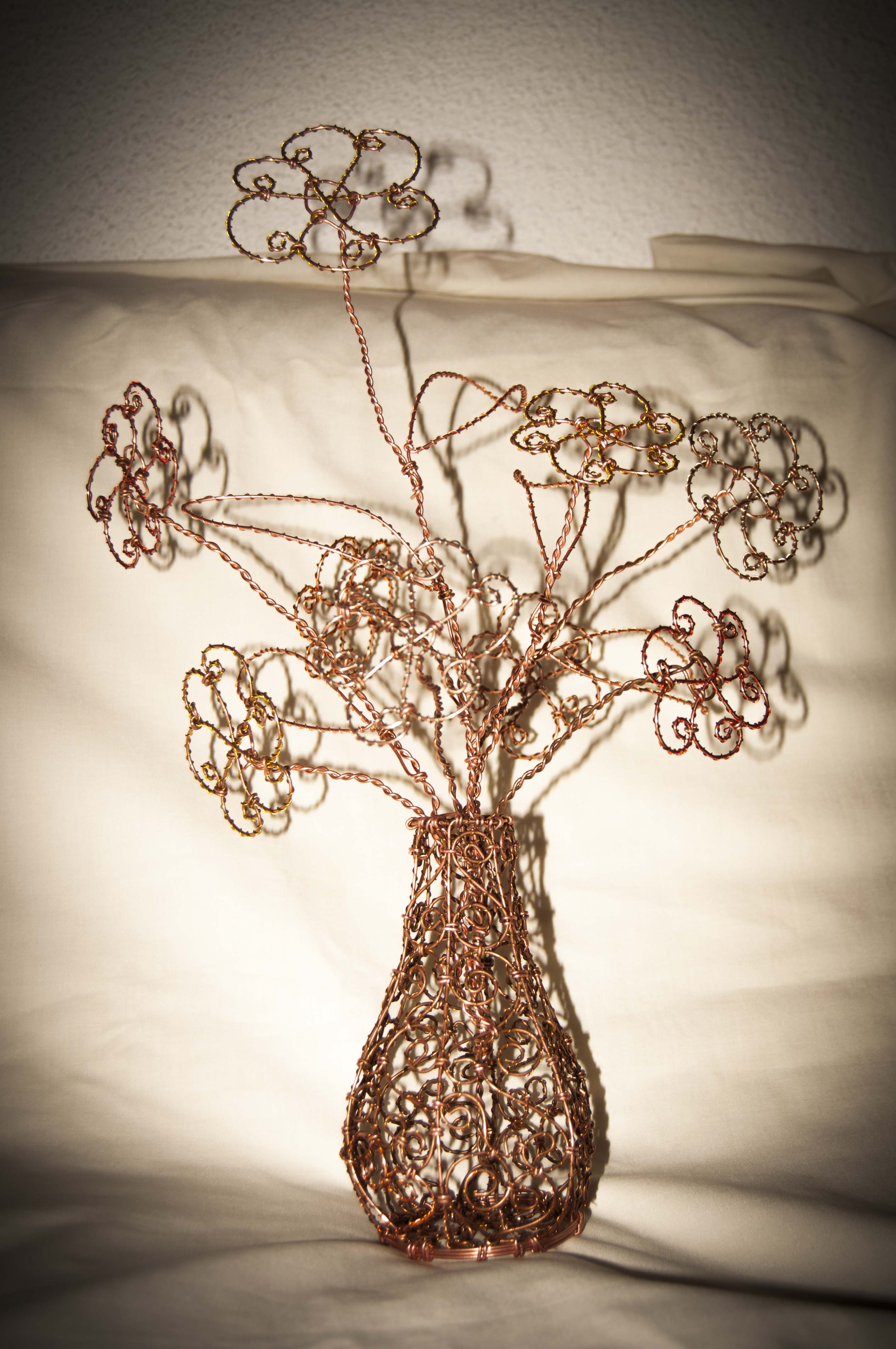 Wire Art Flower Vase Copper Wire Wire Art By Robytoxic On Deviantart