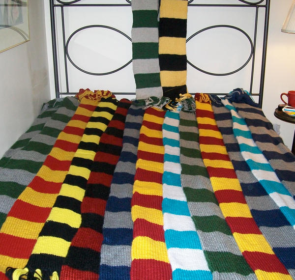 Harry Potter Scarves by skadiblue