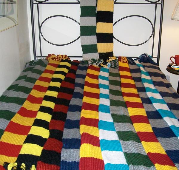 Harry Potter Scarves by skadiblue