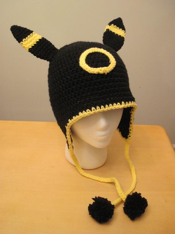 Umbreon Hat by scarletkitsune