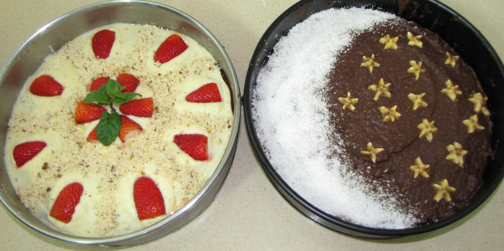 Night and Day cakes