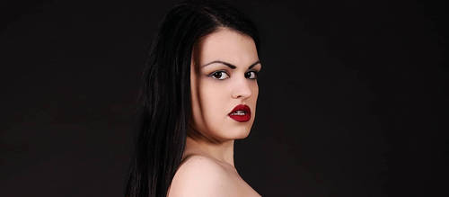 Red lips by GaeliraGwaelon