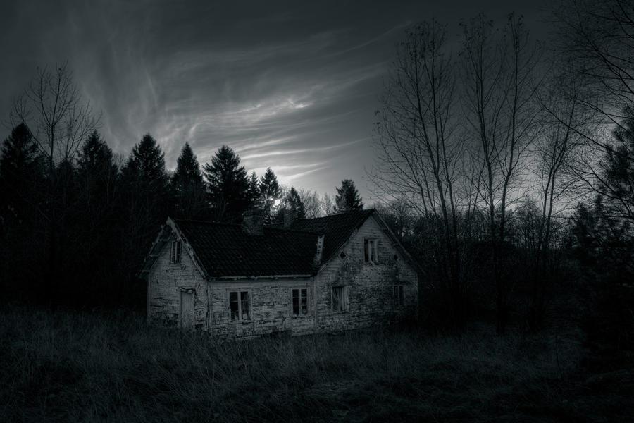..derelict... by Espen-Alexander