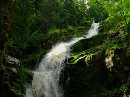 water falling by MistrzFilut