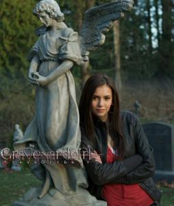 ElenaGraveyardgirl's Profile Picture