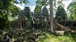 Banteay Kdei Temple by LunaFeles