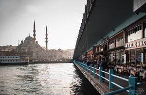 Yeni Camii - Galata Bridge by LunaFeles