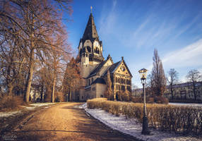 Lutherkirche - winter sun by LunaFeles