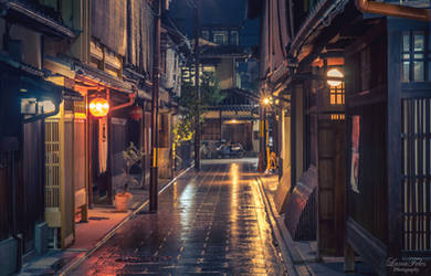 streets of Kyoto - rainy night by LunaFeles