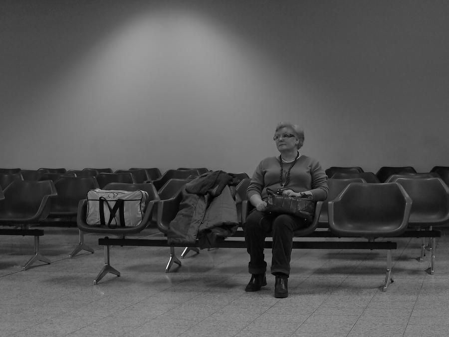 waiting... by HeretyczkaA