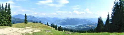 Lacul Izvorul Muntelui by Iulius90