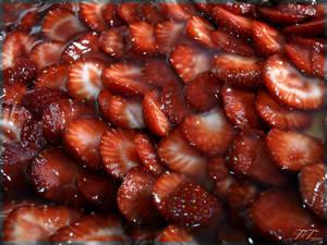 noom noom strawberry's