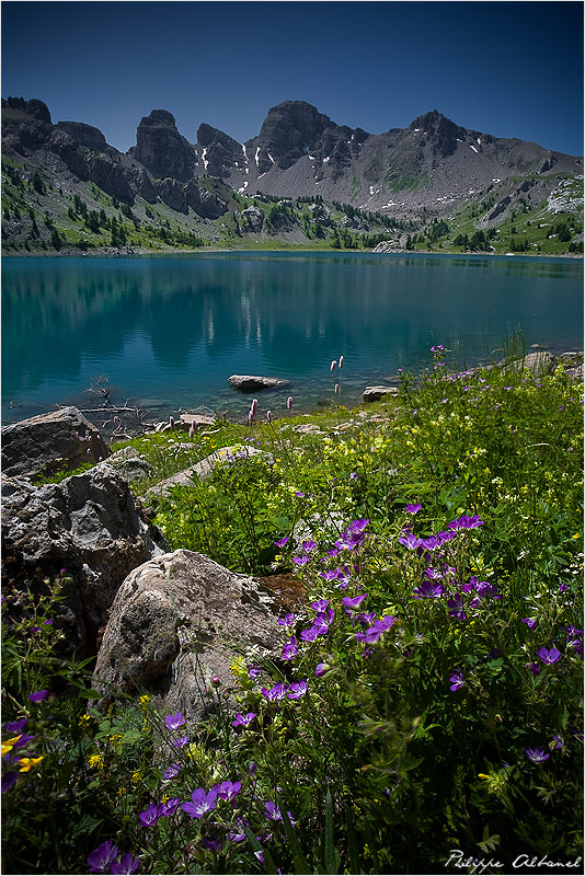 Supreme Lake by Philippe-Albanel