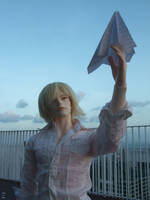 Paper plane by iwahoshi