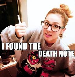 2NE1 Macro:.Dara's Death Note.:
