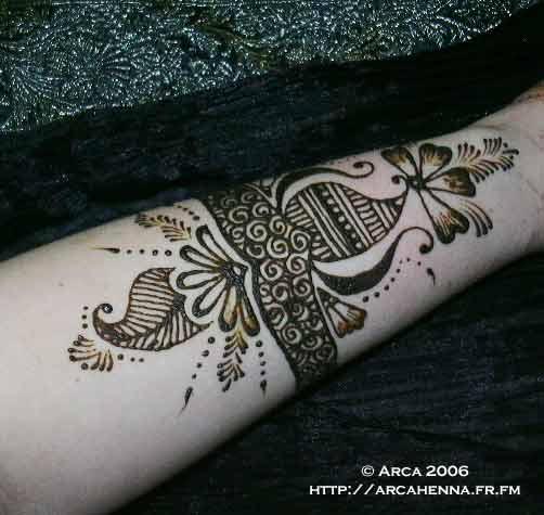 henna cuff by Mehndi-club