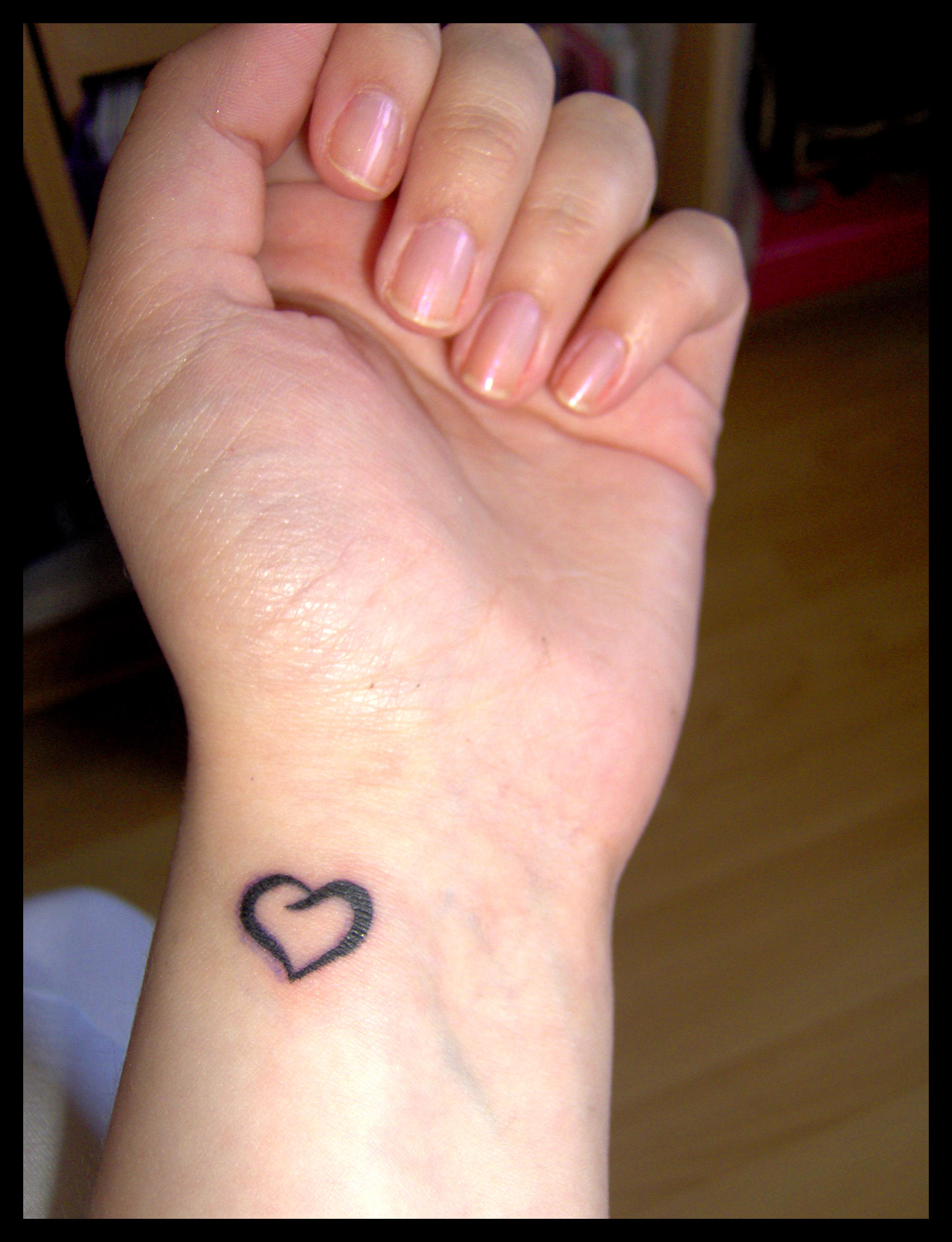 I heart my new tattoo by lolly890 on deviantart for What to use on new tattoos