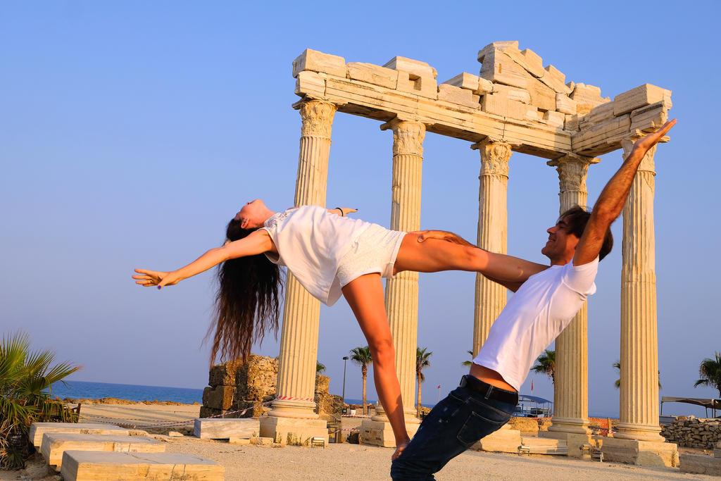 Apollon ve Dans by Silpius